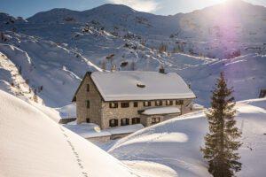 Mountain hut Pod Bogatinom