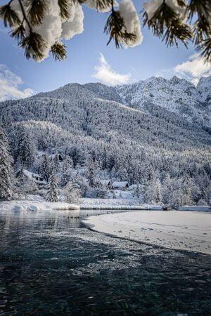 Fairytale at Lake Jasna